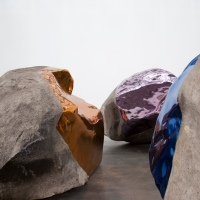 Jim Hodges at the Gladstone Gallery | הודו יפן - מזרח מערב