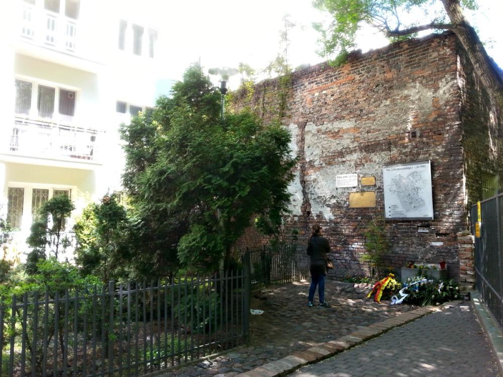חומת גטו ורשה